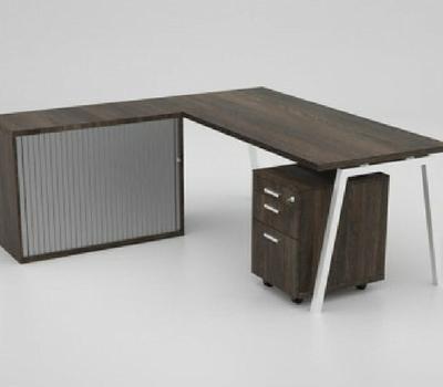 Merek Desk