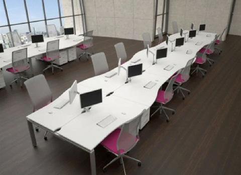 PRO3 Desk